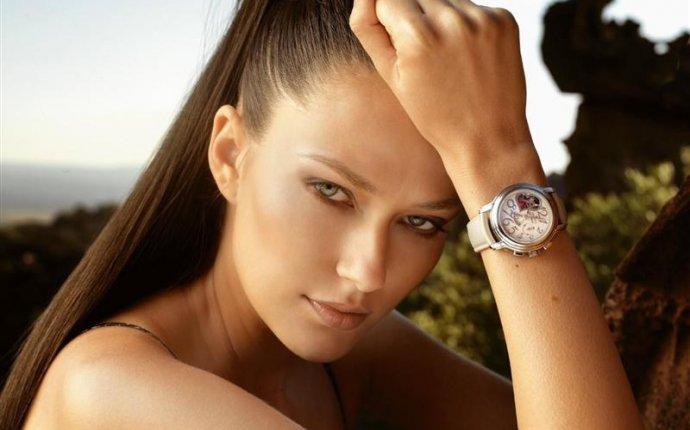 Какие женские часы сейчас в