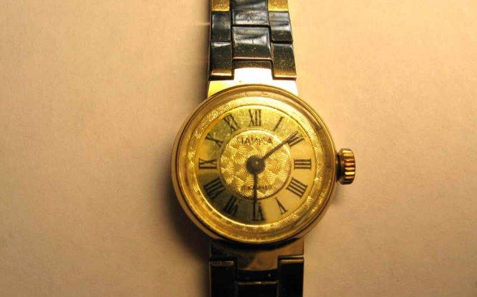 Старые часы Чайка в Пересвете
