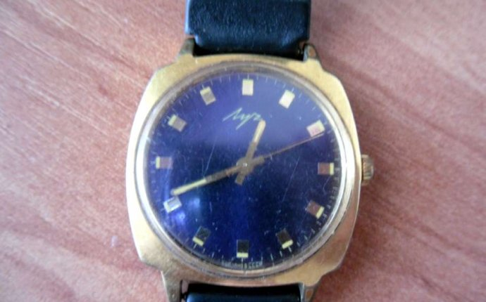 Наручные часы с барометром