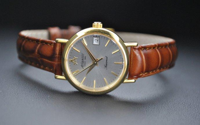 Выбираем женские наручные часы