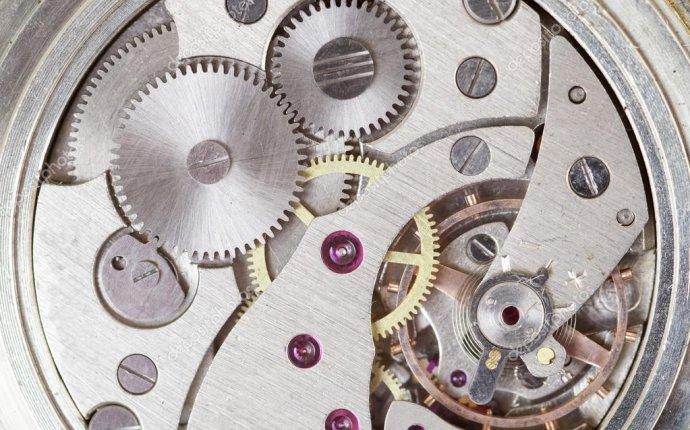 Заводные часы. крупным планом